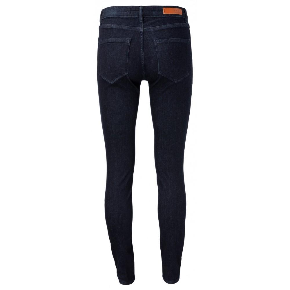 skinny-jeans-mit-stretchanteil-1