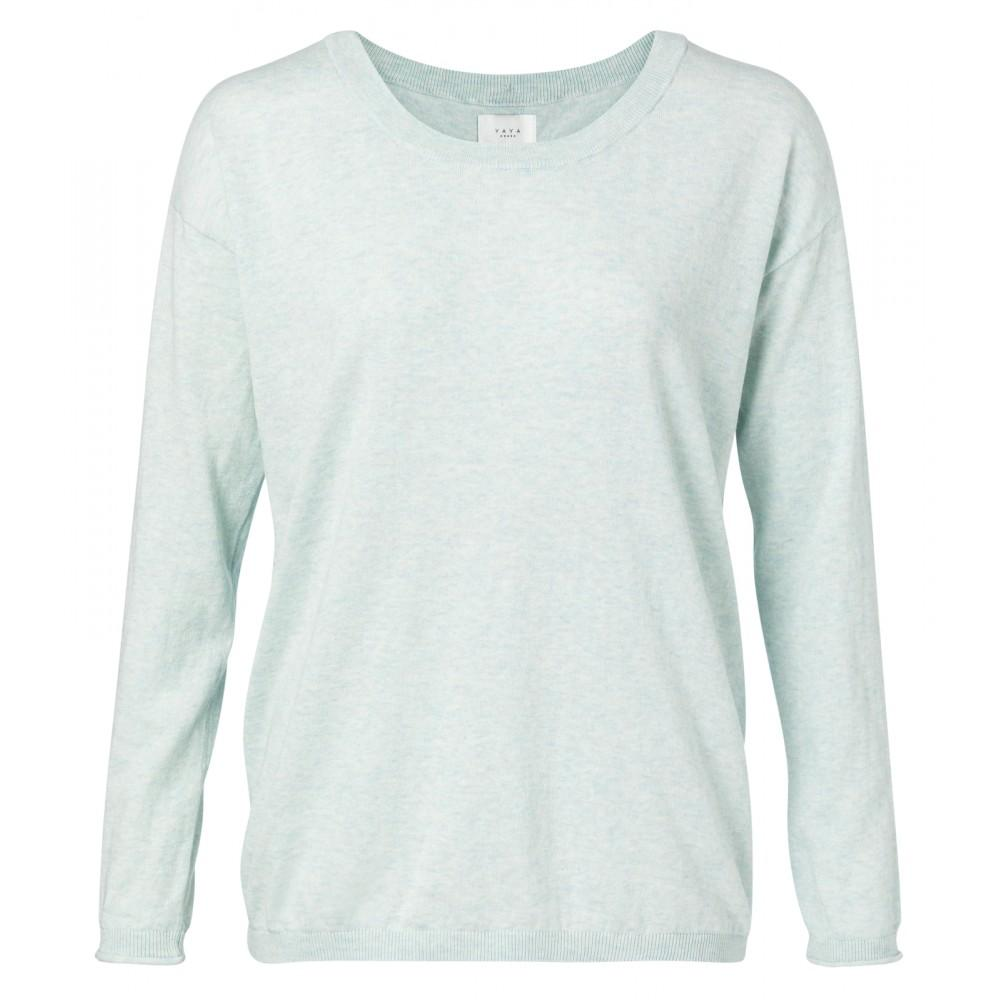 pullover-mit-zierknopfen
