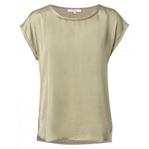 T-Shirt mit Kontrastnähten