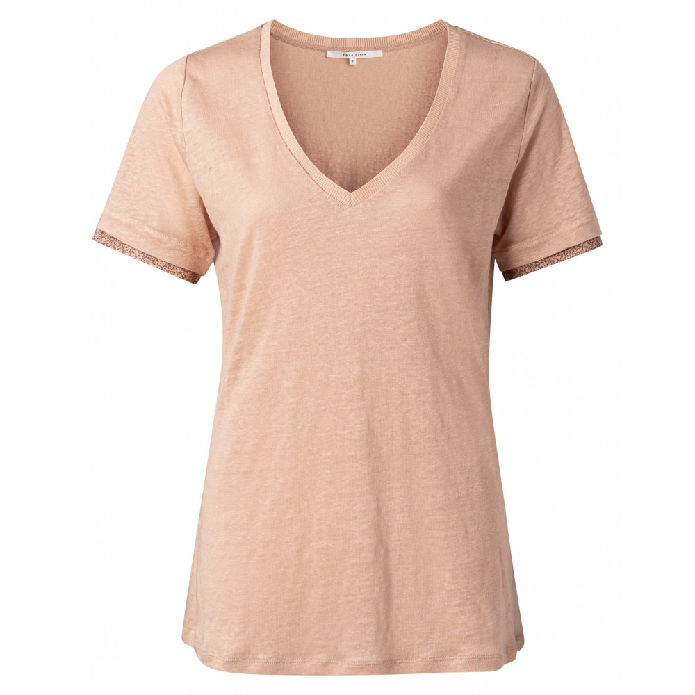 v-neck-tee-with-printed-cuffs-1