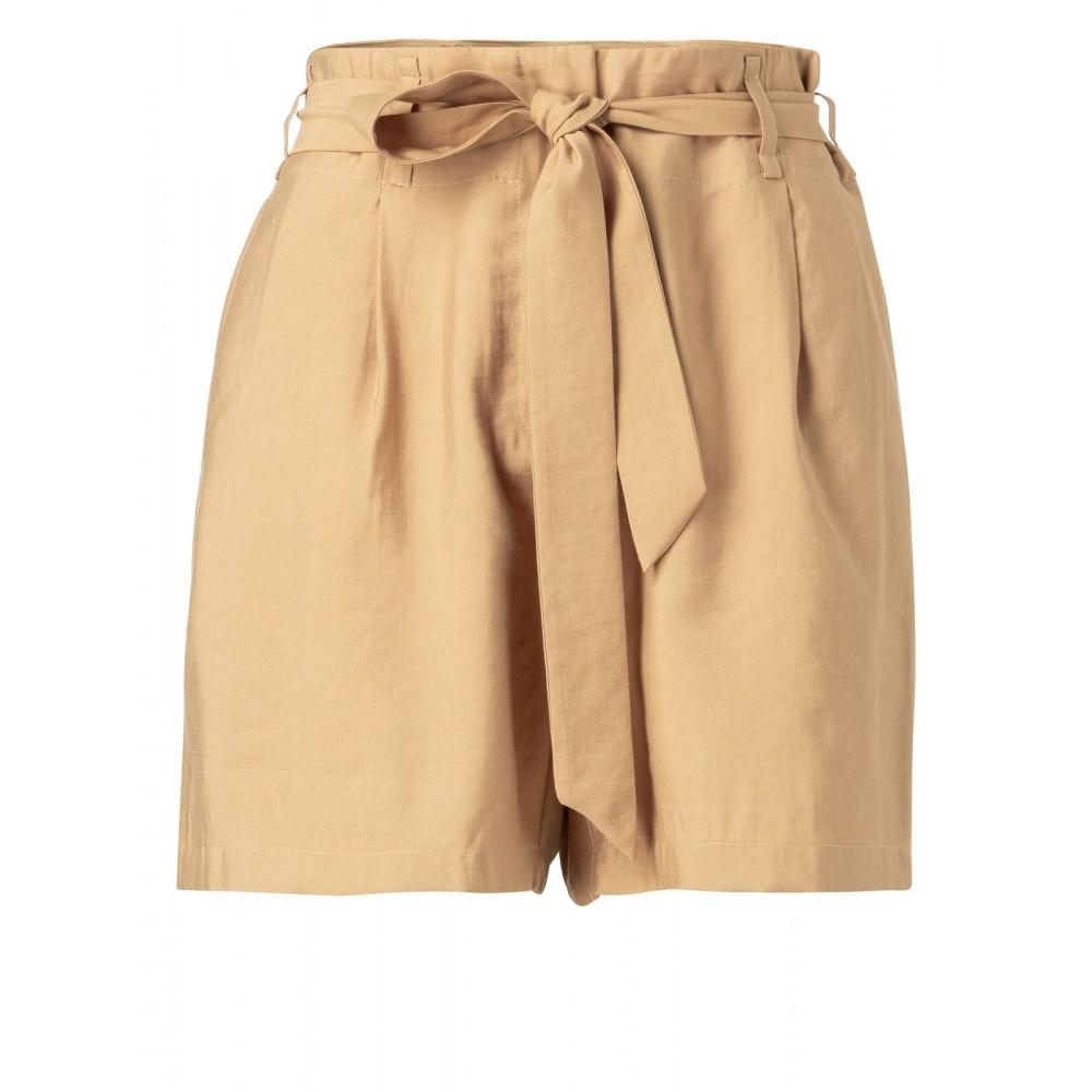 shorts-mit-hoher-taille-und-gurtel-1
