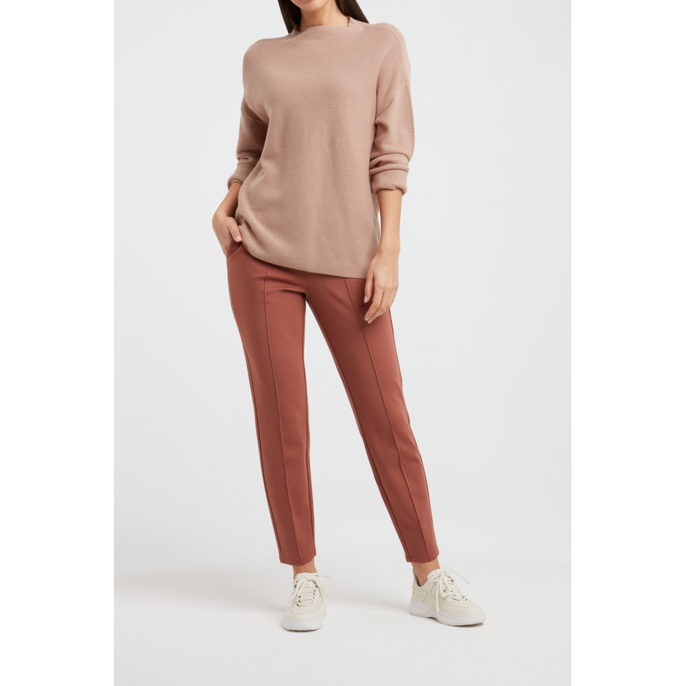 stand-up-collar-sweater